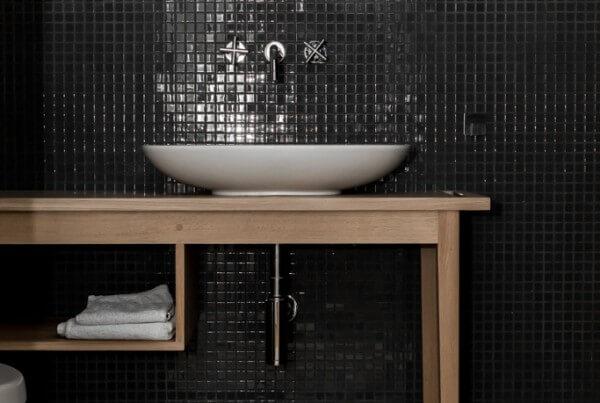 Stolik-z-umywalką-1.jpg